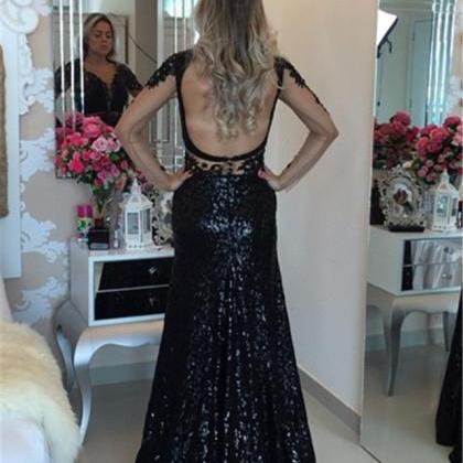 Long sleeveless black lace sheer wa..